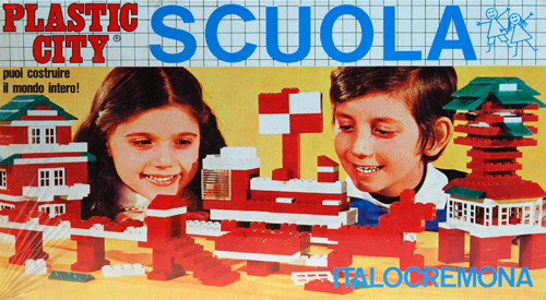 Box of Plastic City School game - You can build the whole world!   1960s and 1970s.  This photo is from www.museoweb.it